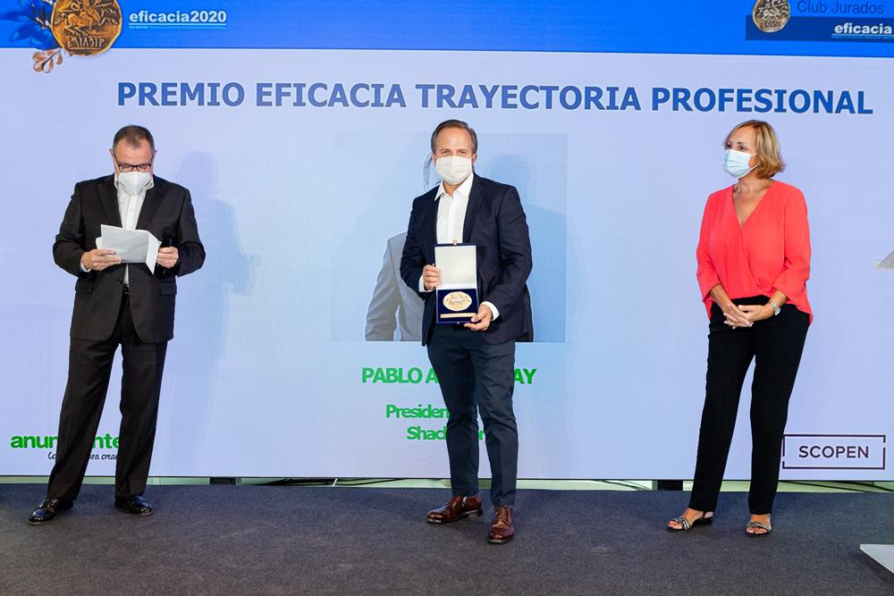 PREMIO-EFICACIA-TRAYECTORIA-PROFESIONAL-PABLO-ALZUGARAY